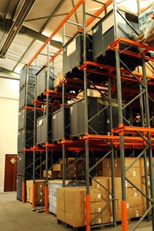 Automatic Plastics Logistics - Shelving Units for Injection Moulding